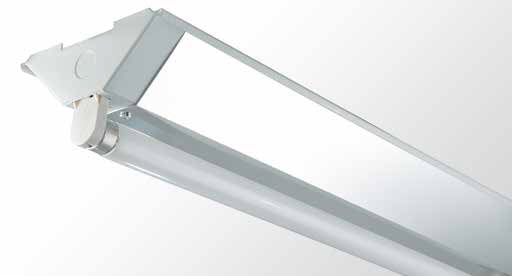 Triangle Batten - Single Tube With Specular Aluminium Sides
